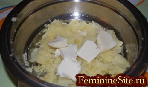 Картофель герцогиня - размять и добавить масло