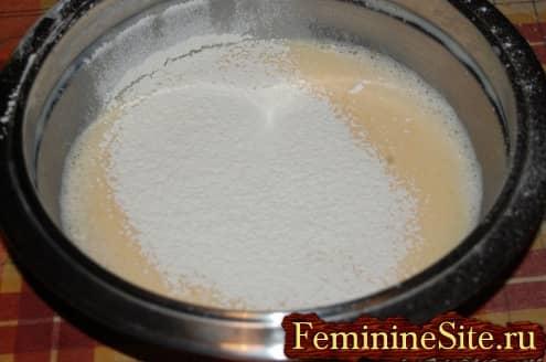 Рецепт блинчиков с грибами - добавить молоко муку
