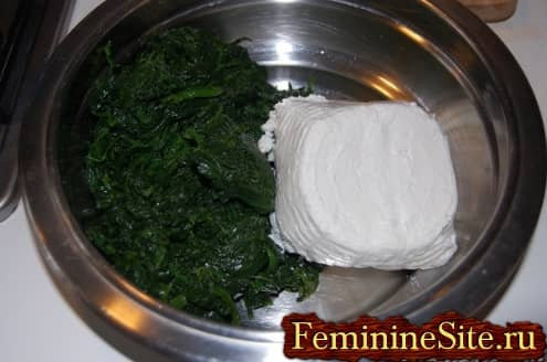 Рецепт пирога со шпинатом и сыром - добавить творог