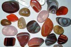 Какие драгоценные камни подходят девам?