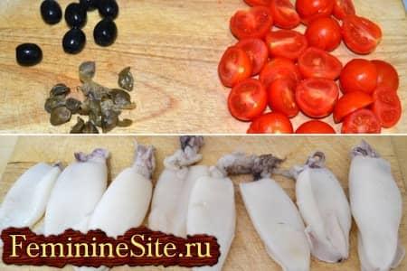 нарезать помидоры и подготовить тушки кальмара
